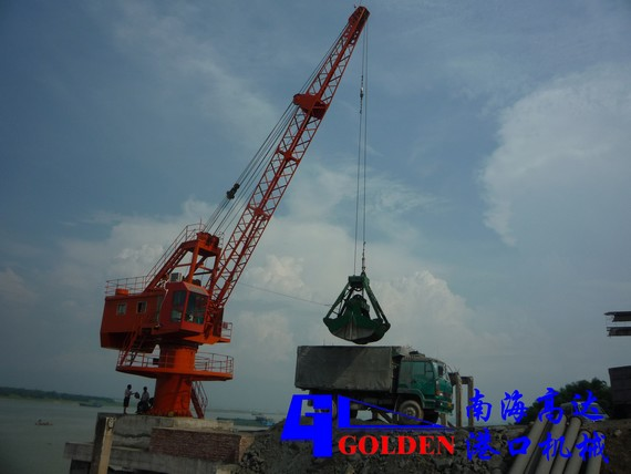 <a href='http://www.gd-crane.com/products-3.html' target='_blank' >港口起重机</a>